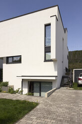 Germany, modern white villa, partial view - CMF00807