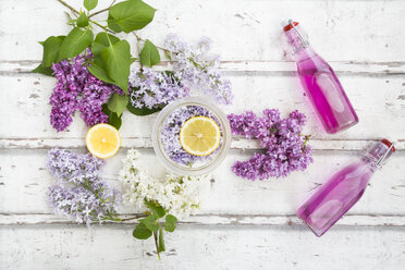 Homemade lilac sirup - LVF06944