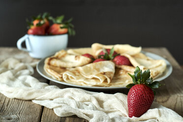 Strawberries and homemade pancakes - BZF00387