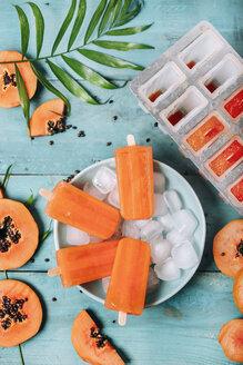Homemade papaya ice lollies - RTBF01276