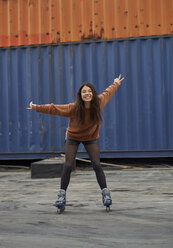 Portrait of young inline-skater at industrial area - BEF00051