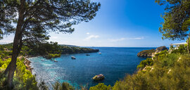 Spain, Balearic Islands, Mallorca, Isla Malgrats, Panoramic view of bay - AMF05740
