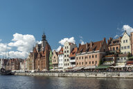 Poland, Gdansk, view to the city with St. Mary's Gate - HAMF00282