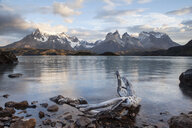 South America, Chile, Patagonia, Torres del Paine National Park, Cuernos del Paine, Lake Pehoe - CVF00530