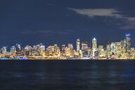 USA, Washington State, Seattle, Skyline at night - MMAF00362