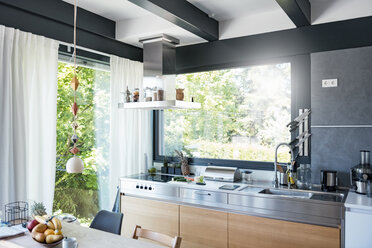 Interior of a modern kitchen - DIGF04446
