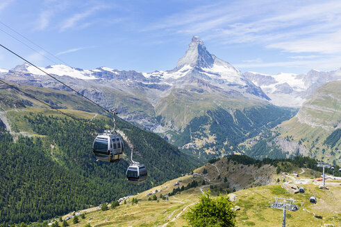 Cable cars, Matterhorn Mountain, Switzerland - ISF03292