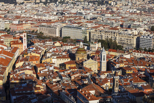 France, Provence-Alpes-Cote d'Azur, Nice, View to old town - ABOF00363