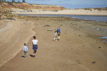 Australia, Adelaide, Onkaparinga River, family walking on the beach together - BEF00133