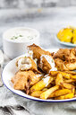 Classic english fish and chips with tartare sauce - SBDF03584