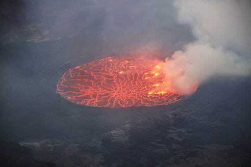 Africa, Democratic Republic of Congo, Virunga National Park, Nyiragongo volcano - REAF00306