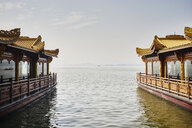 Lakeside restaurants on Westlake, Hangzhou, China - ISF10745