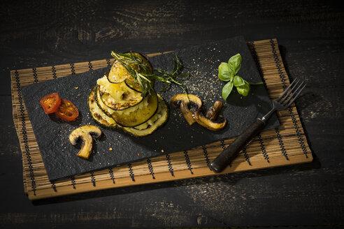 Vegan layered tower, potato mash, aubergine, zucchini and champignon - MAEF12659