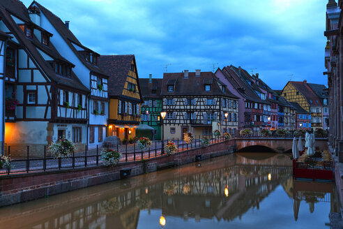 France, Alsace, Colmar, Old town, Petite Venise in the evening - KLRF00600