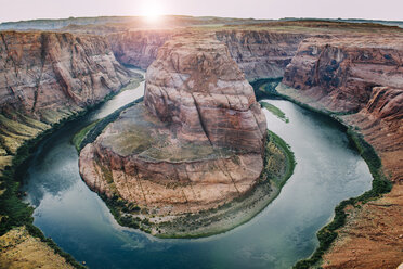 SA, Arizona, Page, Colorado River, Glen Canyon National Recreation Area, Horseshoe Bend at sunset - GEMF02091