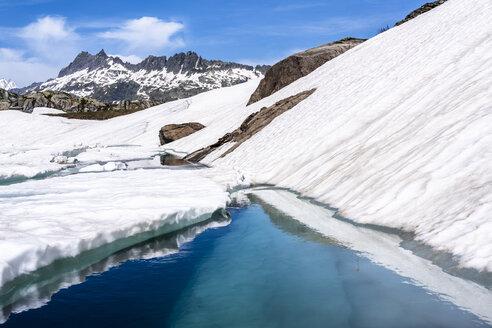 Switzerland, Valais, Bernese Alps, Lake Toten - STSF01641