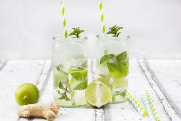 Lime mint ginger lemonade - LVF07173