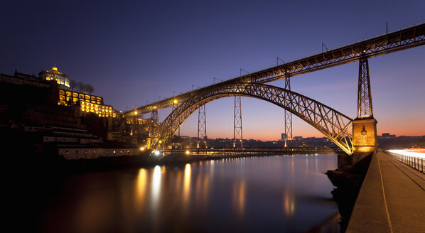 Dom Luis bridge at night, Porto, Portugal - CUF35853