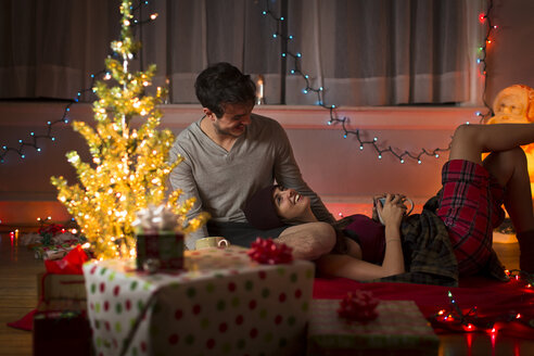 Young couple at christmas - ISF14446