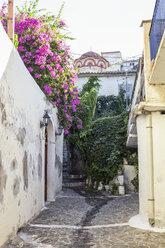 Greece, Peloponnese, Messenia, Koroni, alley - MAMF00119