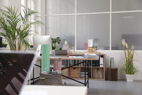 Interior of a business loft office - FKF02943