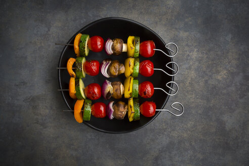 Vegetarian grill skewers on bowl - LVF07187