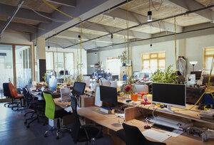 Creative, open plan office - CAIF21071