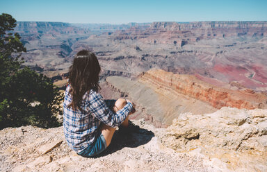 USA, Arizona, Grand Canyon National Park, back view of woman looking at view - GEMF02201