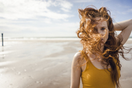 Portrait of a redheaded woman on the beach - KNSF04223