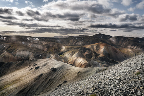 Iceland, South West, Landmannalaugar, mountain landscape - DMOF00054