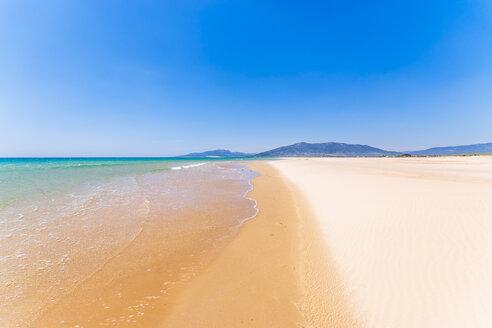Spain, Andalucia, Tarifa, beach - SMAF01079