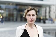 Portrait of businesswoman - GIOF04009