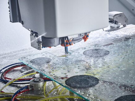 Detail of cnc machine during glass machining - CVF01050