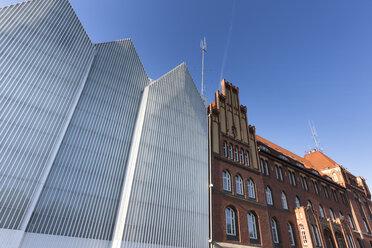 Poland, Szczecin, view to Szczecin Philharmonic and historical police headquarters - FC01441