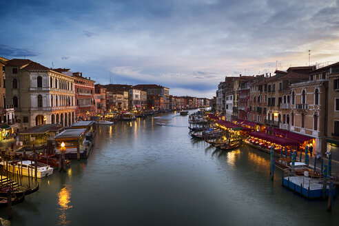 Italy, Venice, Canal Grande in the evening - GIOF04180
