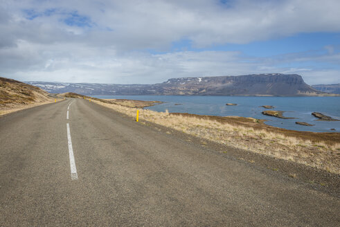 Iceland, Vestfiroir, empty road - KEBF00858