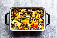 Oven vegetables, zucchini, aubergine, potato, carrot, sweet potato, champignon, onion and garlic - SARF03915