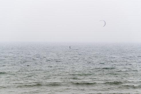 Portugal, kite surfer on the sea - CHPF00497