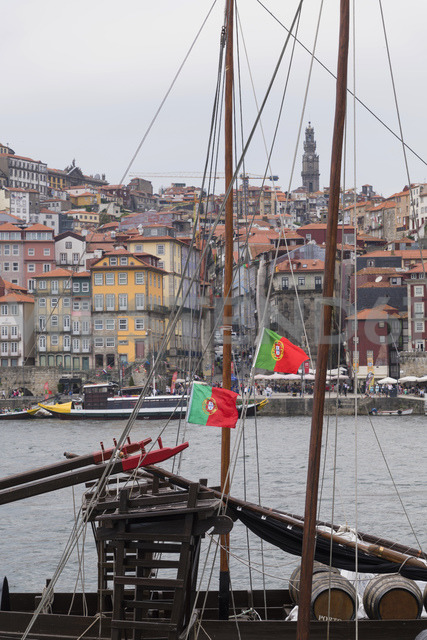 Portugal, Porto, view to the old town with Douro River and sailing ship in the foreground - CHPF00515