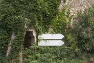 Spain, Mallorca, two blank directional arrows - JMF00421