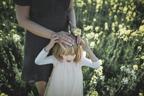 Mother and little daughter together in rape field - PSIF00019