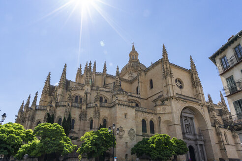Spain, Castile and Leon, Segovia, Cathedral against the sun - JSMF00422