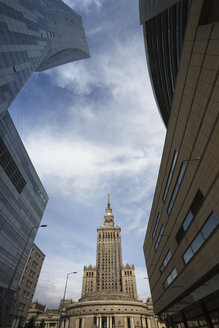Poland, Warsaw, view to Palace of Culture and Science - FCF01462