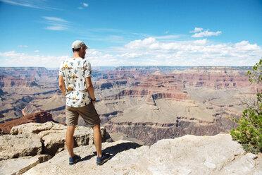 USA, Arizona, Grand Canyon National Park, Grand Canyon, man looking at view - GEMF02356