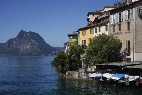 Switzerland, Lugano, Gandria, view to houses at Lake Lugano - JTF01045