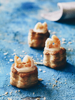 Vol-au-vents with shrimps - RAMAF00082