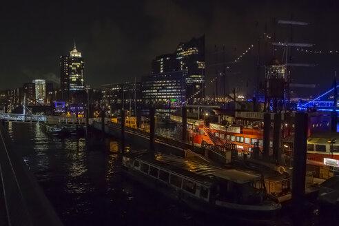 Germany, Hamburg, Hamburg harbour at night - NG00488