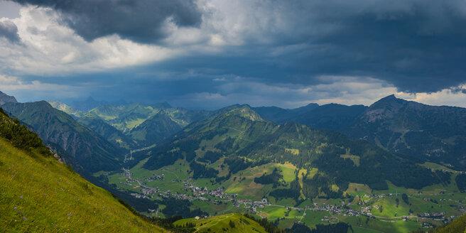 Austria, Allgaeu Alps, Vorarlberg, View from Walmendinger Horn to Little Walser Valley, approaching thunderstorm - WGF01236