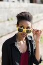 Portrait of young woman with sunglasses - GIOF04267