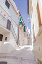 Italy, Molise, Termoli, Old town, empty alley - FLMF00028